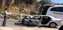 HELIKOPTER - Otomobille Yolcu Otobüsü Çarpıştı Açıklaması 3 Ölü, 2 Yaralı