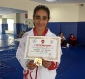 AVRUPA ŞAMPİYONU - Sporla Davranış Bozukluğunu Yendi, Türkiye Ve Balkan Şampiyonu Oldu
