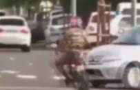 MOTOSİKLET SÜRÜCÜSÜ - Plakasını Kapatırken Canından Oluyordu