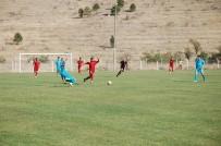 UMUTLU - Yeni Malatyaspor U21 Takımı Yeniden Lider