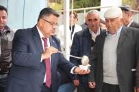 BELEDİYE BAŞKANLIĞI - Bilecik Belediyesi 3 Farklı Noktada Bin 500 Kişiye Aşure Dağıttı