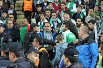 KONYASPOR - Konyaspor-Fenerbahçe Maçında Tribün Karıştı