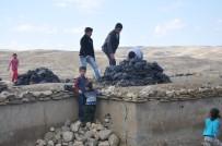 AYDOĞAN - Muş'ta Toprak Evlerde Kış Hazırlığı