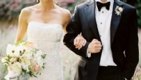 BOŞANMA DAVASI - Evliyken başkasıyla düğün yaptı, dolandırıldı!