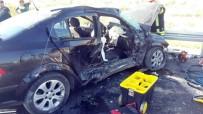 SERVERGAZI - Üç Araç Kazaya Karıştı Açıklaması 1 Ölü, 5 Yaralı