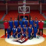 BASKETBOL TAKIMI - Umurbey Belediyesi Basketbol Takımı Hazırlık Maçında Galip