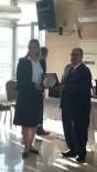 ÖDÜL TÖRENİ - 'Yılın En Başarılı Muhtarı' Ödülü Van'a