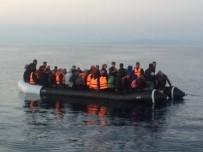YARDIM TALEBİ - 189 Göçmen Ege Denizi'nde Yakalandı
