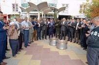 EMNİYET AMİRİ - Gördes'te 7 Bin Kişiye Aşure Hayrı