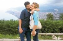 ÇEYREK ALTIN - Karısı kanser olunca arkadaşının eşiyle kaçtı