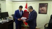 MUSTAFA ÇALIŞKAN - Öğrencilerden İstanbul Emniyet Müdürü Çalışkan'a Anlamlı Ziyaret