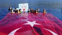 ŞAHİKA ERCÜMEN - Şahika Ercümen, Cumhuriyet'in 93. Yılı Şerefine 93 Metre Dünya Rekoru Kırdı