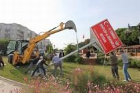 RESMİ TÖREN - Saruhanlı'da '15 Temmuz Şehitler Ve Demokrasi' Meydanının Totemi Yerleştirildi