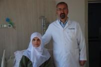 KALP KAPAĞI - Sedyeyle Geldiği Hastaneden Yürüyerek Çıktı