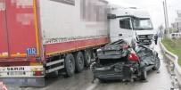 TIR Otomobili Biçti Açıklaması 1 Yaralı