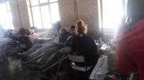 KAN BAĞıŞı - Yabancı Diller Yüksekokulu Öğrencileri Kan Bağışı Yaptı
