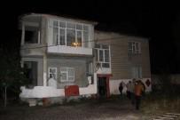 SES BOMBASI - AK Parti Muradiye İlçe Gençlik Kolları Başkanının Evine Saldırı
