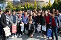 HAYIRSEVERLER - Başkan Büyükkılıç Kayseri Eğitim Fuarı'nı Gezdi