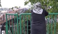 POLİS EKİPLERİ - Yanan Evini Gözyaşları İçinde İzledi