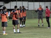 DOĞUM GÜNÜ - Adanaspor, Galatasaray Maçı Hazırlıklarını Sürdürüyor