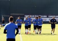 DANILO - Antalyaspor Eksik Çalıştı