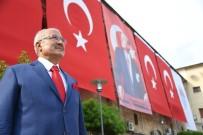 CUMHURIYET BAYRAMı - Başkan Kocamaz Açıklaması 'Türkiye Cumhuriyeti, Vatanı Ve Milletiyle Sonsuza Kadar Yaşayacak'