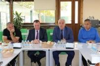 DÜNYA ŞAMPİYONU - Büyükşehir Yönetiminden Eriş Ve Futbolculara Tam Destek