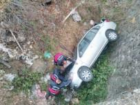 Cenaze Dönüşü Kaza Açıklaması 3 Yaralı