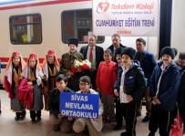 CUMHURIYET BAYRAMı - Cumhuriyet Eğitim Treni Sivas'a Geldi