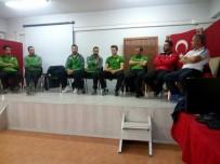 ANADOLU LİSESİ - Voleybolcular Gençlerle Buluştu