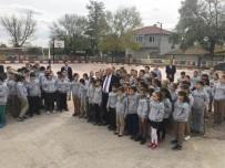 EVRENSEKIZ - Belediye'den Öğrencilere Kışlık Mont