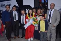 ALTIN MADALYA - Dünya Şampiyonu Aydınlı Ayşegül Çakın, Memleketine Ayakbastı