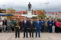 ALI SıRMALı - Edremit'te Cumhuriyet Bayramı Kutlamaları Başladı