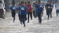 Mahmudiye'de Öğrenciler Cumhuriyet İçin Koştu