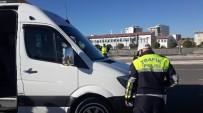 ALKOL MUAYENESİ - Servis Şoförü Alkollü Çıktı