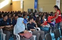 ANADOLU LİSESİ - Yüreğir Gençlik Merkezi Tarafından Öğrencilere 'Vatan Ve Bayrak Sevgisi' Etkinliği