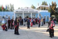 PARAŞÜTÇÜ - 29 Paraşütçü Binlerce Metre Yükseklikten Cumhuriyet İçin Atladı