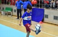 KİLO KONTROLÜ - Beyoğlu'nda Kış Spor Okulları Sezonu Başladı