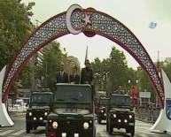 RADYOAKTİF - Cumhuriyet Bayramı Geçit Töreni Yeni Meclis'te Başladı