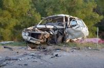 İki Otomobil Kafa Kafaya Çarpıştı Açıklaması 2 Ölü, 2 Yaralı