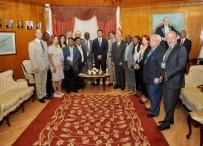 HÜSEYIN ÖZGÜRGÜN - KKTC Başbakanı Özgürgün Dünya Basın Konseyleri Birliği Heyetini Kabul Etti