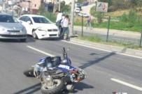 ZABITA MEMURU - Motosikletli Zabıtalar Kazada Yaralandı