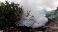 PELIKAN - Eyüp'te Yangın Paniği