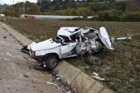 METIN ŞAHIN - TIR Otomobile Çarptı Açıklaması 3 Yaralı