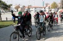 KıLıÇARSLAN - 'Türkiye İçin Bayrak Salla' Sloganıyla Pedal Çevirdiler