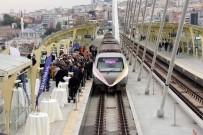 METRO İSTASYONU - Vatmanın Nikahı Metro İstasyonunda Kıyıldı