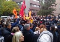 ADNAN KESKİN - CHP'lilerden Cumhuriyet Gazetesi Önünde Protesto