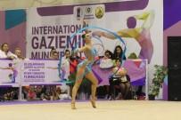 YAŞAR DÖNMEZ - Gaziemir'de Cimnastik Şöleni