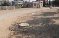 TEMİZLİK İŞÇİSİ - Rögara Düşen Temizlik İşçisinin Ayağı Kırıldı
