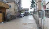 CENGIZ TOPEL - Siirt'te Yağmur Suyu Yolları Gölete Çevirdi